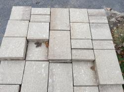 Eva paver from Techo Bloc in harvest gold color