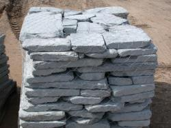 tumbled bluestone paver